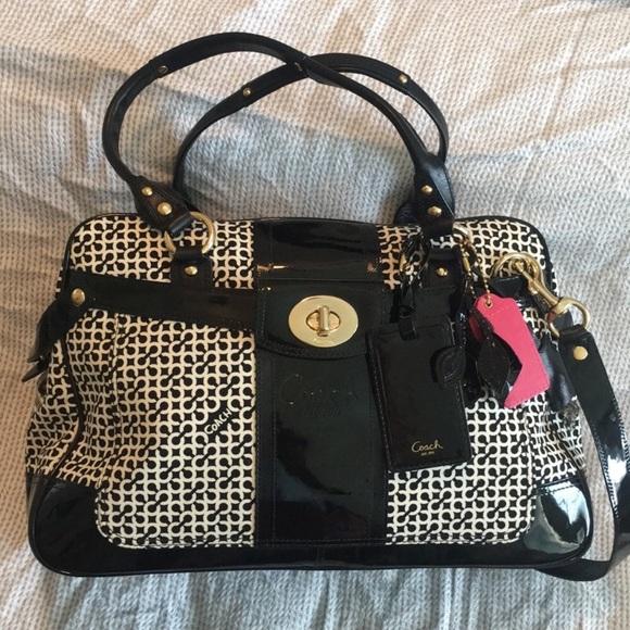 Coach Handbags - Rare beautiful coach bag